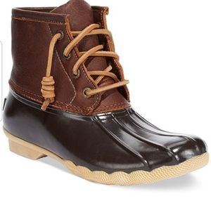 Sperry Duck Boots 9 - like new